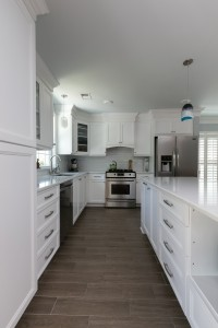 Rectangular Kitchen Tile Floor